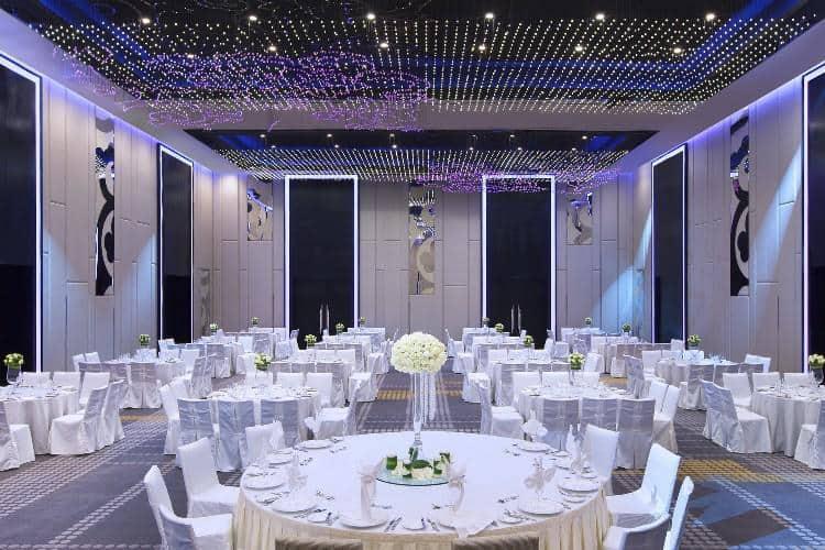 Wedding dinner set-ups in Le Méridien's Clarke Ballroom. Source: Le Méridien Kuala Lumpur FB