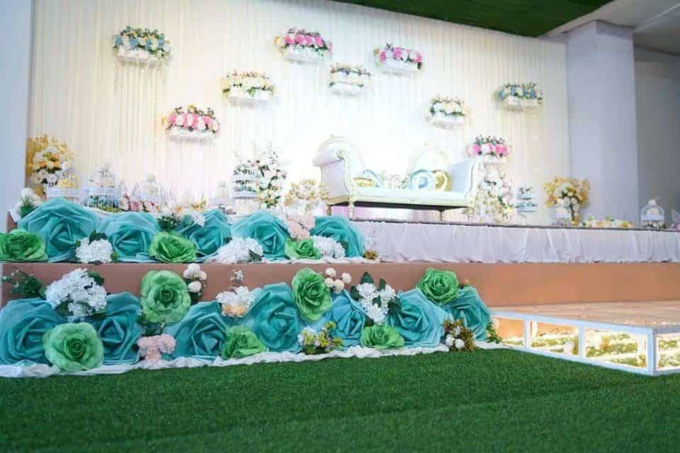 Lovely venue decoration was expertly done by the team at Rizqhana Gallery. Source: Dewan Kahwin RizqHana Gallery FB