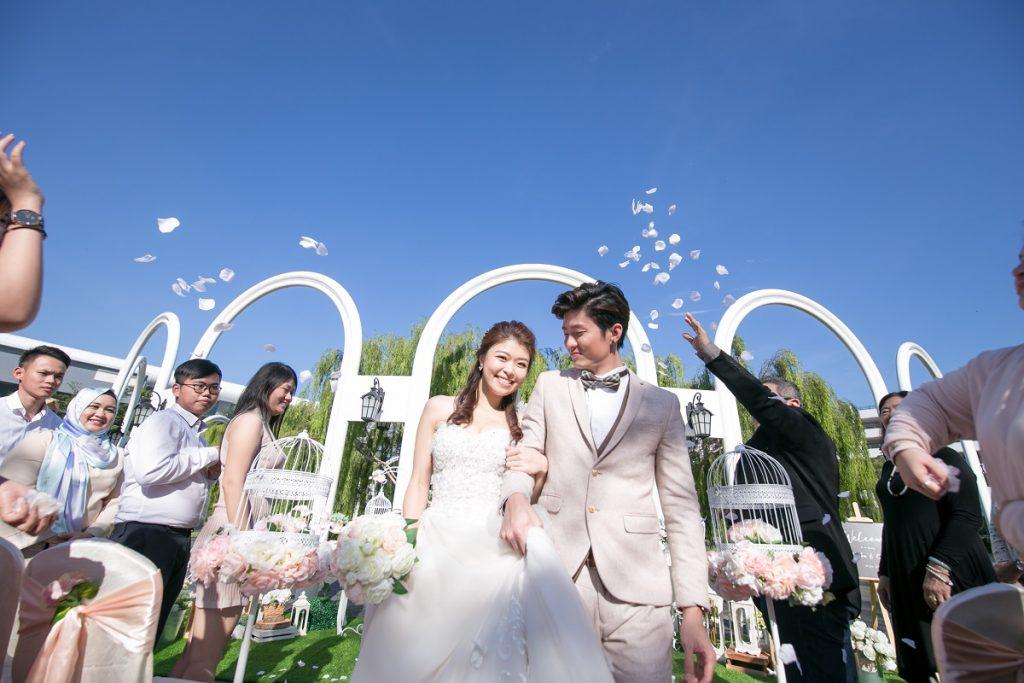 BACC-Garden-Wedding-Background