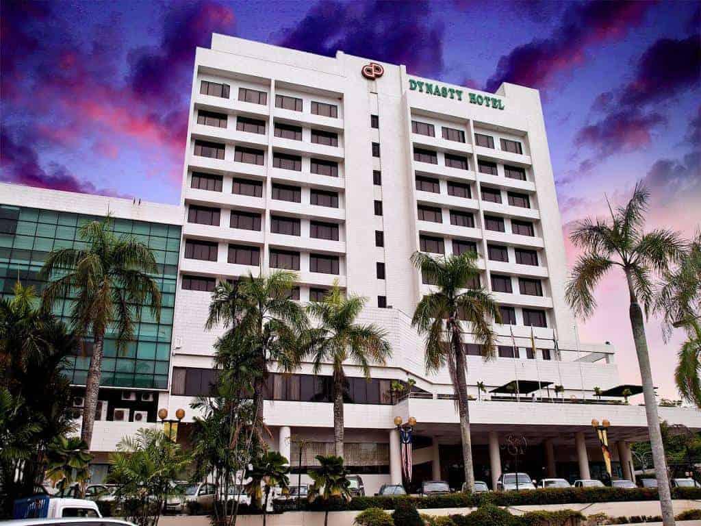Dynasty Hotel Photo 1