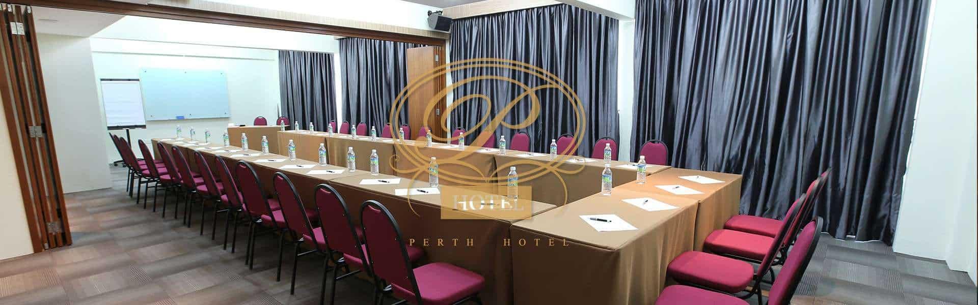 Perth Hotel Photo 1