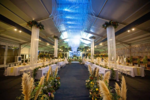 Beautiful setting that is perfect for a grand office annual dinner.